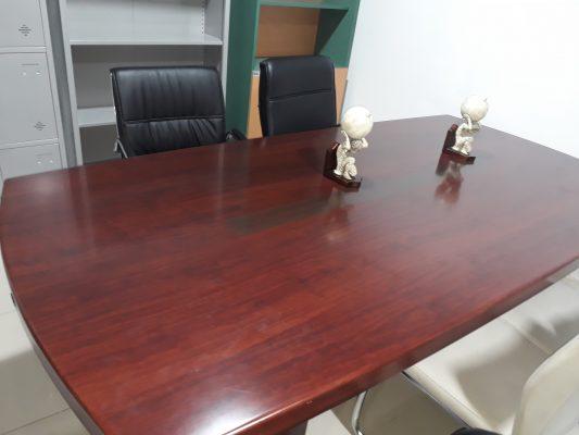 Chi tiết mặt bàn họp văn phòng hiện đại CT2412H5